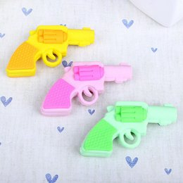 Wholesale Toy Erasers Free Shipping - Wholesale-1x Novelty Toy pistol shape rubber eraser Kawaii stationery school supplies papelaria gifts for kid Free shipping