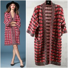 Плащ пальто xs онлайн-Wholesale-designer cc  women knitted plaid wool cardigan poncho kimono Batwing sleeve cashmere shiner pink oversize sweater cape coat