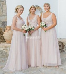 Wholesale Mothers Garden - Cheap Plus Size Tulle Bridesmaid Dresses Champagne Sheer V-Neck Lace Floor Length 2017 Beach Garden Wedding Maid of Honor Gowns Mother Dress
