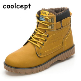 Wholesale Korean Style Boots Men - Wholesale-Men Boots Winter Keep Warm Long Plush With Fur Middle Cut Over Ankle Knight Boots Boots Korean Style High Quality