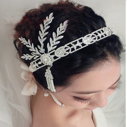 Wholesale Decorate Tiaras - 2017 Luxury Diamond Pearl Wedding Hair Jewelry Bride Headband Crown Decorated Bridal Tassel Hairband Wedding Hair Accessories Tiara