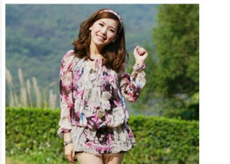 Wholesale Embellished Blouse - Valuable Round Neck Flower Printed Ball Embellished Long Sleeves Blouse Pink