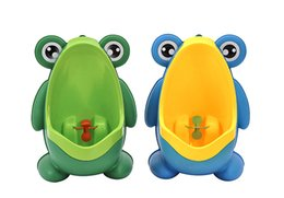 Wholesale Kids Urinal Potty - Kids PP Frog Children Stand Vertical Urinal Wall-Mounted Urine Potty Groove Kids Baby Boys Urinal New Promotion Wall-mounted Training Toilet