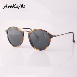 Wholesale Sunglasses Case Girls - AOOKONI New Arrival Top Quality Women Retro Round Sunglasses Men Brand Designer cat eye Fleck Tortoise Black Frame Green lens 49mm with case
