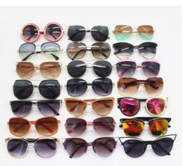 2019 солнцезащитные очки очки стильные Сплав Шарнир Летний Стиль Старинные Кошачий Глаз Солнцезащитные Очки Стильные Женщины Очки Полуободковые Солнцезащитные Очки Мужчины Круглые Очки дешево солнцезащитные очки очки стильные