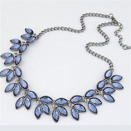 Wholesale Arriva Fashion - Wholesale-2016 New Arriva Retro Leaf Gem Necklace Cute Necklaces & Pendants Fashion Jewelry Woman Christmas Gift
