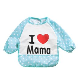 Wholesale Baby Clothing Bibs - Wholesale- Lovely Infant Waterproof Bib Apron Cute Apron Clothing Lunch Practical Baby I Love Mama Papa Print Bib For Baby