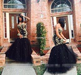Vestito da promenade del corsetto dell'innamorato della sirena online-Custom Made Black Mermaid Prom Dresses con oro applique pizzo Tulle Sweetheart corsetto indietro 2019 Plus Size abiti da spettacolo di spettacolo 2K17