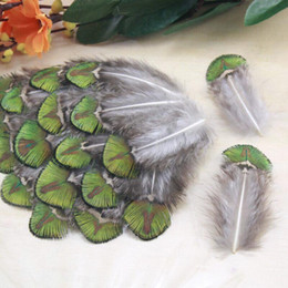 Wholesale Peacock Feathers Accessories - 20PCS A PACK GOLDEN NATURAL PEACOCK BODY PLUMAGE FEATHER HAT CLOTHING ACCESSORIES FEATHER 2.1 - 2.7 INCH