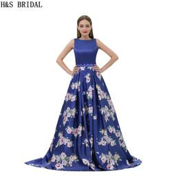 2019 vert foncé robes de bal expédition rapide Modèle Satin Robes De Bal Royal Fleur Bleue Imprimé Robes De Soirée Longues Designer 2017 New Real Bown B007