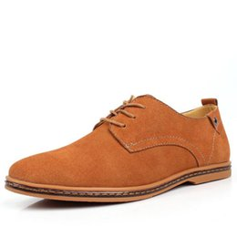 Zapatos de los hombres británicos de gamuza online-Marca Minimalist Design Genuine Suede Leather Men Casual Shoes Venta caliente Flat British Style Oxford Shoes