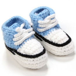 primeros caminantes del bebé del ganchillo Rebajas Zapatos de ganchillo para bebé Unisex hechos a mano de punto Calzado infantil Soft Infant Walking Sneakers Warmer Newborn First Walkers Zapatos VX0142