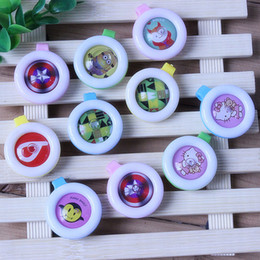 Wholesale Play Outdoors - Hot Sale Home Reusable Mosquito Repellent Badge Button Baby Pregnant Woman Mosquito Repellent Clip For Travel Camping Hiking Outdoor Playing