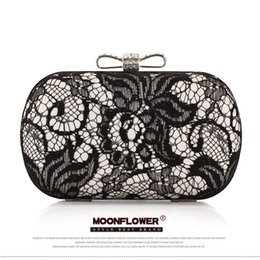 Wholesale Gold Prom Handbags - 2017 Evening Bag Fashion Black Lace Hand Purse Rhinestone Bow One Shoulder Designer Prom Party Handbags Clutch CPA807