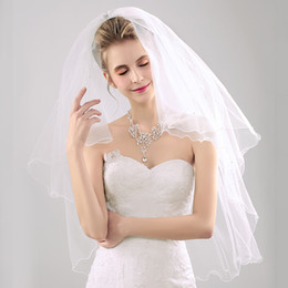 Wholesale Wedding Veil Pencil - High Quality 2017 Vintage Short Tulle Pearls Wedding Veils Ivory Two Layers 1.7M Elbow Length Bridal Veil With Comb Wedding Accessories