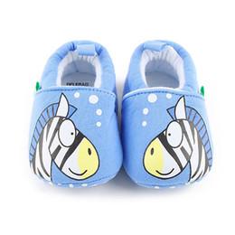 sapatos blue sky para meninas Desconto Atacado-Delebao Adorável Zebra Prewalkers Bebê Menino E Menina Sapatos Céu Azul Algodão Malha Suave Quente Sapatos De Bebê