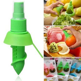 Wholesale Lemon Squeezer Free Shipping - 2017 Creative Hand Fruit Spray Tool Juice Juicer Lemon Spritzers Orange Watermelon Sprayer Squeezer Kitchen Tools DHL Free Shipping WX-C48
