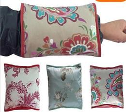Wholesale Pillow Arms - Women Mom Nursing Pillow Breastfeeding Arm Pillow (Color: Multicolor)