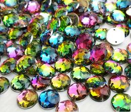 Wholesale Em Wholesale - Junao 10mm rainbow color sew em strass flatback cristal strass para roupas de costura acrílico pedra redonda jóias artesanato 300 pcs