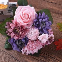 Fiori dahlia di seta online-Fiore di seta bouquet da sposa rose dalie Fiori artificiali cadono vivido falso foglia matrimonio fiore bouquet da sposa decorazione