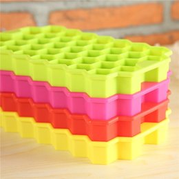 Wholesale Ice Cube Mould Tray Silicone - Multi-Style Silicone Ice Ball Cube Tray Freeze Mould Ice Cube Tray Ice-making Box honeycomb Mold For Bar Party Tools Random Color
