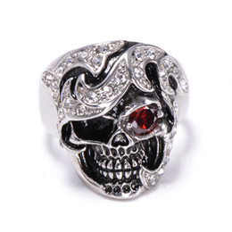 Wholesale Men Black Diamond Rings - hot selling stainless steel jewelry anti rust retro vintage red eye diamond skull head titanium steel designer fashion men rings