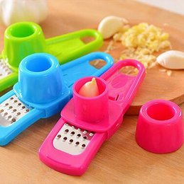 Wholesale Plastic Presses - Candy Color Garlic Press Multi-functional Grinding Garlic Mini Ginger Grinding Grater Planer Slicer Cutter Kitchen Tools CCA6459 200pcs