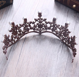 Wholesale Picture Body Jewelry - Wholesale high quality new European Baroque crown bride headdress Wedding Jewelry Show pearl hair accessories decorative pictures party free