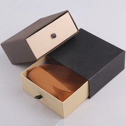 Wholesale Packing Products - 13*13*5.8cm very good quanlity gift packing boxes ,The belt box. Top grade gift box for your product free shipping