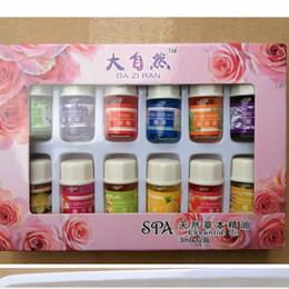 Canada 5pcs / lot 12pcs / set 100% Pure Pack huiles essentielles de santal de lavande pour l'aromathérapie avec 12 sortes de parfum 3ml / bouteille Offre