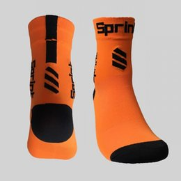 Wholesale Quick Comfort - Sports Socks For Men Quick Dry Breathable Ride Running Sock Good Comfort Factory Outlets Multi Color Optional 6 8tw F