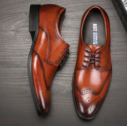 Wholesale Chunky Wedge Shoes - Luxury quality Men leather dress shoes breatheable holes waxed cow leather Brock Carved Europian fashion Noble proposition Eu38-44