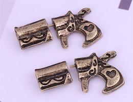 wholesale gun studs NZ - Punk Style 3D Gun Stud Earrings Men Women Lover Pistol Earring Vintage Pattern Design Fine Jewelry Xmas Gift A023