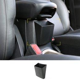 2019 carro de armazenamento de braço Atacado-ABS Auto Car Exterior Braço Caixa De Armazenamento para Jeep Renegade 2015 up Mobile Phone Case Titulares carro de armazenamento de braço barato