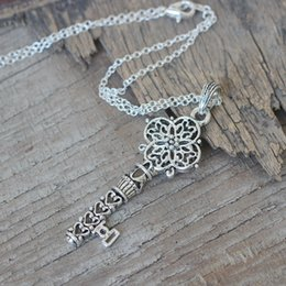 Wholesale Silver House Pendant - antique silver house Key Necklace Fragmented Keys Pendant necklace Charm Kingdom Hearts jewelry boyfriend gift C341N_S