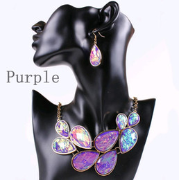 Wholesale Green Orange Statement Necklace - Europe Elegant Women Statement Jewelry Set Resin Designs Water Drop Pendant 18K Gold Plated Choker Necklace Earrings 4 colors Mix