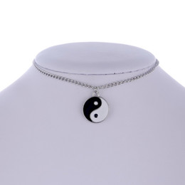 simple necklaces for indian women Promo Codes - Women Silver Plated Round Choker Necklace Simple Tai chi YIN YANG Pendant Necklace for Girls gift wholesae
