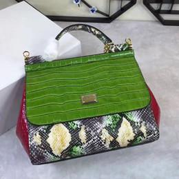 Wholesale Crocodile Leather Bags For Women - New leather crocodile handbag Python bag Crossbody handbag shoulder bag for female temperament