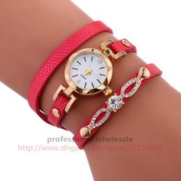 Hohe Qualität Uhr Großhandel 7 Farben Metallschnalle Edelstein Armband Uhr Leder Strass Strap Dame Armbanduhr Für Frauen von Fabrikanten
