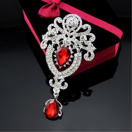 Wholesale Imitation Bag Wholesale - Luxury high-end brooch fashion crown crystal corsage for bag clothing hat scarf accessories clothing accessories clothing factory direct