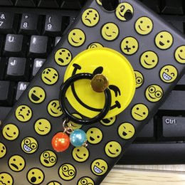 Wholesale Smiling Face Ring - Cute Smile Face Metal Ring Bracket Yellow Smile Face Cell Phone Mounts Smile Holders for All Phone Romantic Gift Exquisite