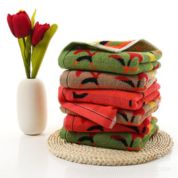 Wholesale christmas compressed towel - Free Shipping Hot 75 * 35cm cotton Christmas towel ginkgo leaf color line printing soft absorbent 3 color hand towel
