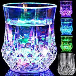 Wholesale Mosaic Glass Lamps - new LED lens mug coffee mugs gaiwan cup Glass Bar Party wine glasses LED light Acrylic water induction Pineapple Cup 50
