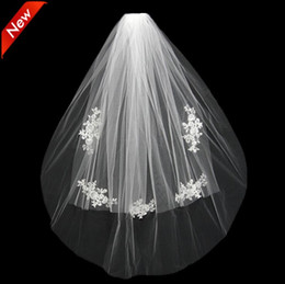 Wholesale Two Layer Rhinestone Edge Veil - 2018 Short Wedding Bride Veil Custom Made Lace White Ivory Two Layers Tulle Comb Vail Accessories Hat Veil Bridal Veils Appliqued
