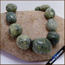 Wholesale Loose Stones String - SorcerK Natural Stone Diy Bib Necklace Green Russian Serpentine Irregular Graduated Loose Beads Strand Trendy Hot Sale Jewelry For Women