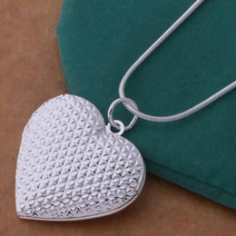 picture chains Promo Codes - The new necklace is exported to Europe and America. It is plated with 925 pure silver necklace. The heart shaped picture frame can 20pcs lot