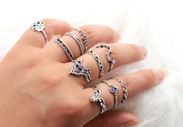Wholesale Wholesale Lucky Ring Stone - 10pcs Set Women's Vintage Punk Ring Set Hollow Antique Silver Plated Lucky Midi Rings Boho Beach Jewelry Fashion Natural Stone ZL3226