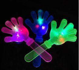 plastikhandklappen Rabatt Wholesale-10pcs / lot 28CM lustiger transparenter glühender Klöppel des Plastik-LED übergibt Geräuschhersteller, Partei KTV Pub, das blinkende Hände zujubelt