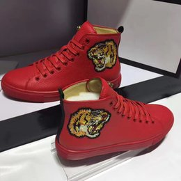 Wholesale Womens Tiger Tops - New Arrival 2017 Mens Womens Fashion Casual Luxury Tiger Head Embroidery Breathable Genuine Leather Shoes Red Bottom Flat High Top Sneaker