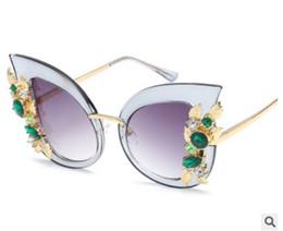 Wholesale Decorative Framed Butterflies - Women Luxury Rhinestones Decorative Sunglasses Female Cat Eye Sun Glasses 6698 Big Frame UV400